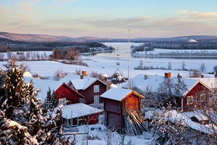 Vinter i Hälla by, Leksand