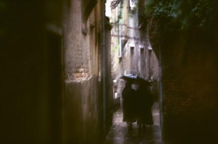 Regnig gränd Venedig,Italien